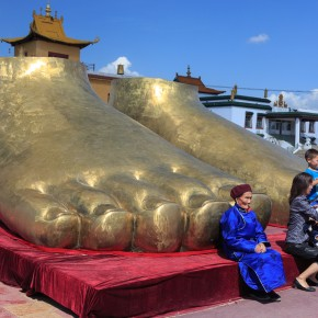 Güldene Riesenbuddhafüße