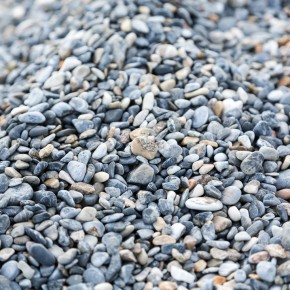 Steine IM Wasser, klarer geht's nicht