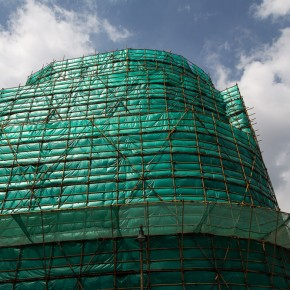Scaffolds are made of bamboo